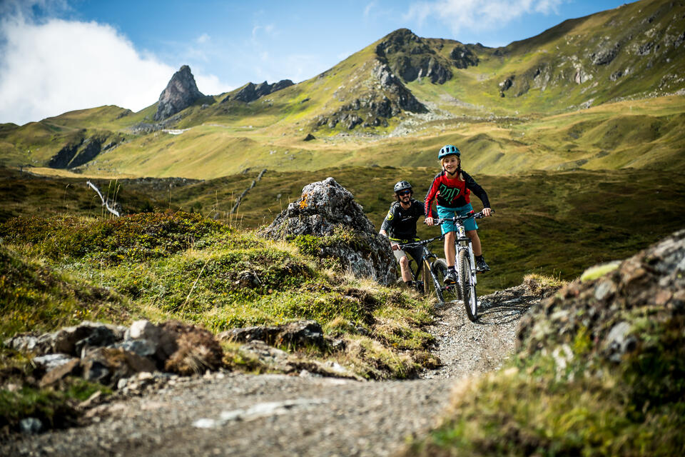 e bike downhill arosa | © Nathan Hughes