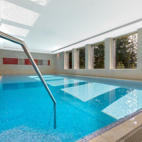 hotel with indoor pool arosa